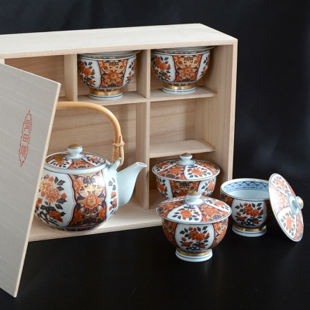 Gokujo Koimari Tea Set