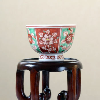 Akae Kamon Teacup