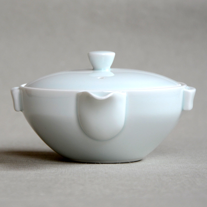 Buy Hasamiyaki White Hōhin Teapot Hōhin Sazen Tea